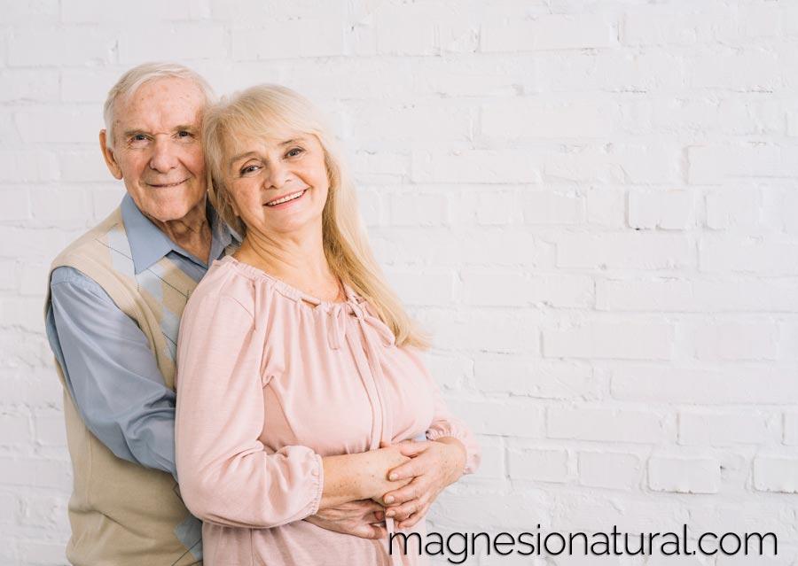 Todo lo que necesitamos saber sobre el magnesio ¿Para qué sirve el magnesio? ¿Cómo elegir el magnesio adecuado? ¿Qué es la Biodisponibilidad? ¿Cuánto magnesio debo tomar? El magnesio y su incidencia durante el embarazo